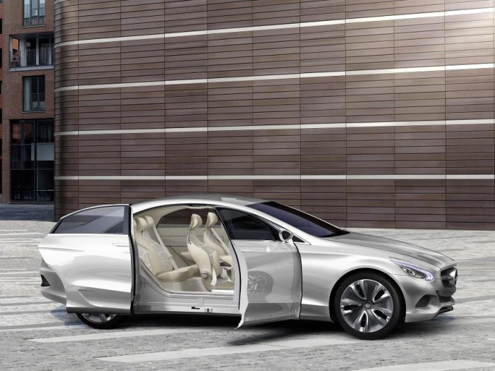 Mercedes Benz F 800 Style The Future Design Look Of